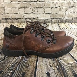 Born Women's 7.5 Brown Leather Lace Up Shoes